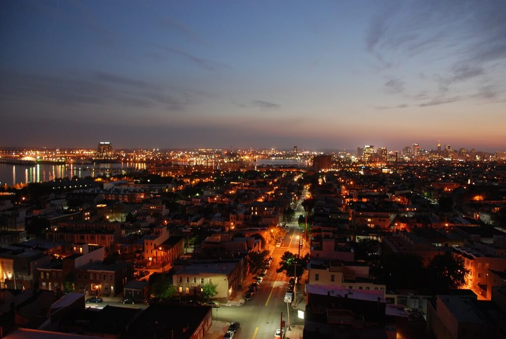 Baltimore am Abend
