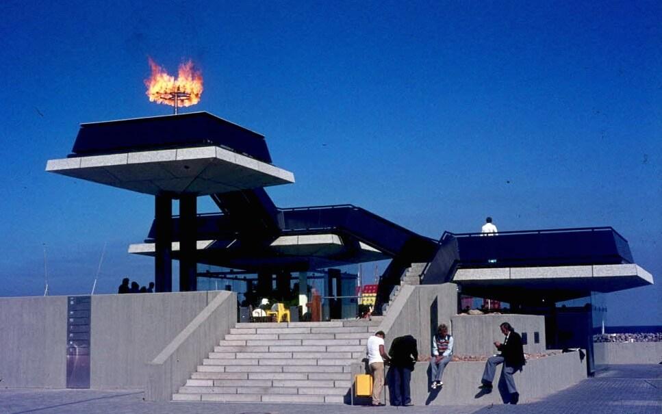 1972: Eröffnungsfeier im Olympiazentrum Schilksee, Olympisches Feuer.