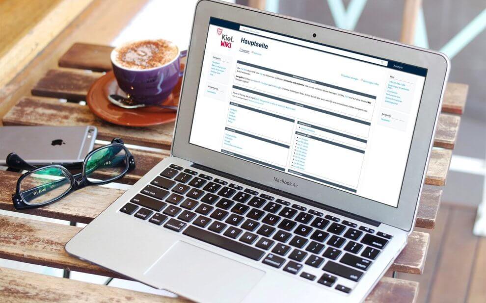 Kiel-Wiki auf Laptop-Bildschirm