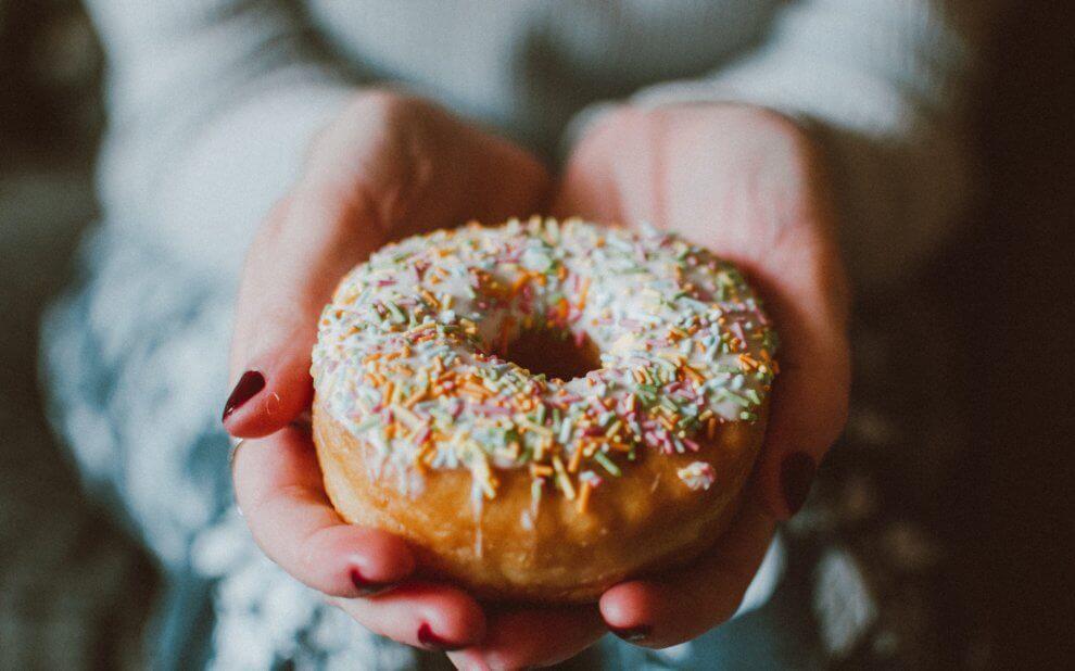 Ein bunter Donut